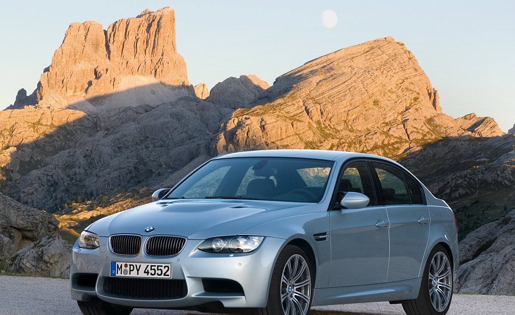 BMW M3 Sedan E90 Official Press Release and Pics