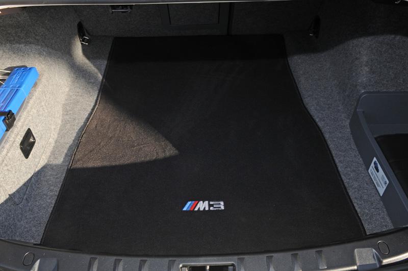 M Carpet Trunk Mat Pic Request