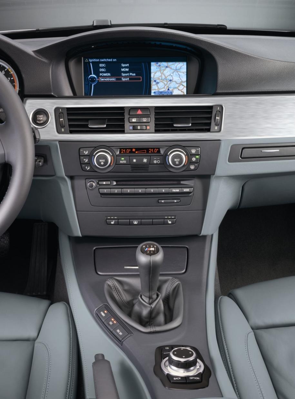 official pics 2009 e90 m3 sedan facelift w new idrive. Black Bedroom Furniture Sets. Home Design Ideas
