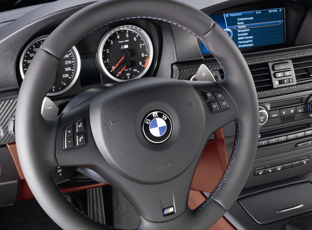 official pics 2009 e90 m3 sedan facelift w new idrive le mans blue e92. Black Bedroom Furniture Sets. Home Design Ideas