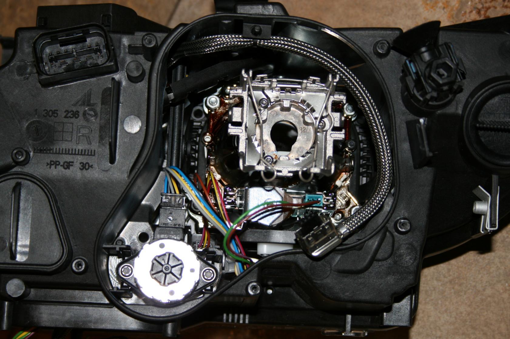 Right Headlight Bmw M3 E90 Xenon Adaptive New