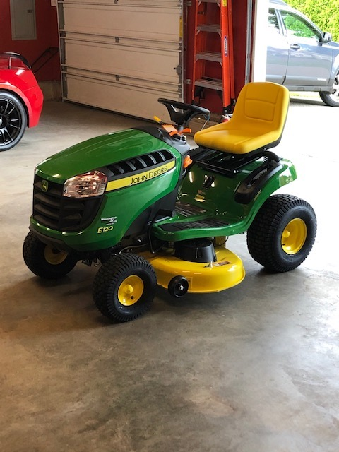 Name:  John Deere E120 Lawn Tractor Pic 2.jpg Views: 151 Size:  93.9 KB