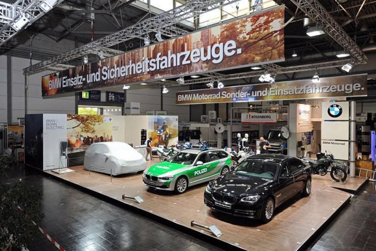 Name:  Polizei-Einsatz     BMW-7er-Polizei-729x486-26bdc82827c6b17e.jpg Views: 302 Size:  138.0 KB