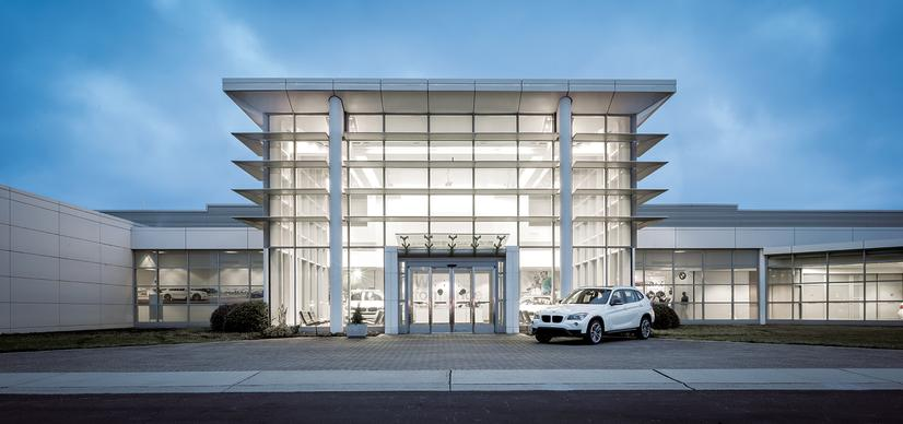 Name:  20_Years_of_BMW_Performance_Center_Driver_Training_and_Experiences_Spartanburg_SC_(2)__mid.jpg Views: 1907 Size:  44.8 KB