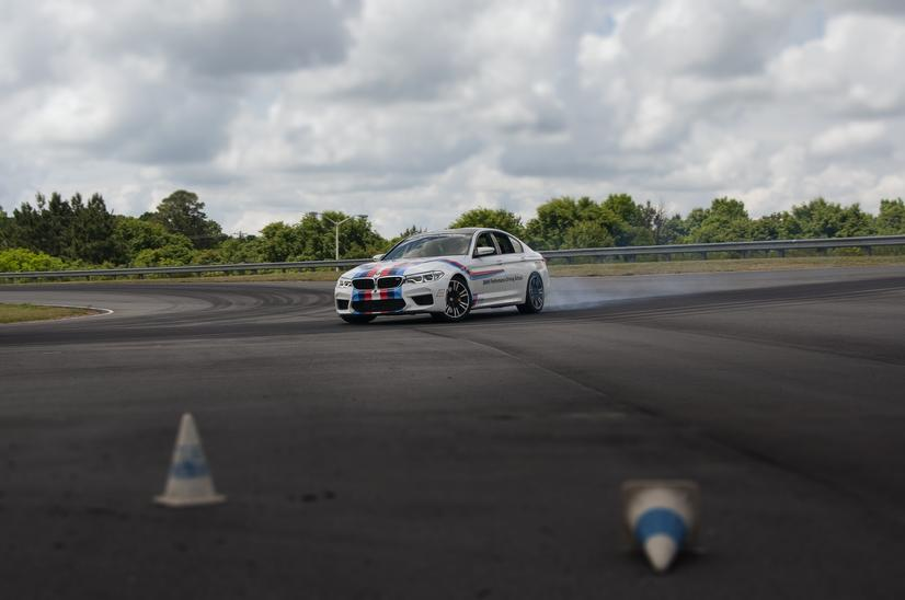 Name:  20_Years_of_BMW_Performance_Center_Driver_Training_and_Experiences_Spartanburg_SC_(8)__mid.jpg Views: 1878 Size:  37.0 KB