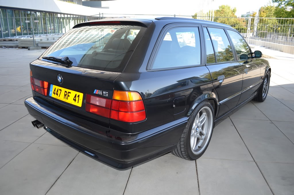 Name:  e34 M5 bonhams auction  DSC_0086.jpg